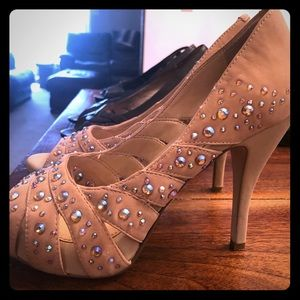 Glam heels nude with bling